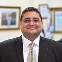 Dr. Ihab Amend