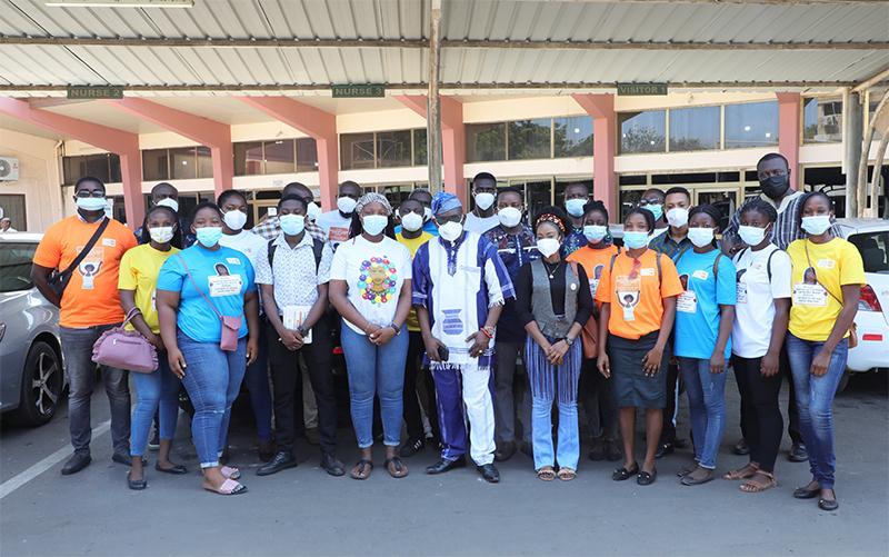 SAA Staff with Volunteer Team at the Korle Bu Teaching Hospital