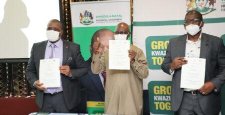 ICASA 2021 Signing of the MOU by Prof. John Idoko (SAA president) Dr. Sandile Buthelezi (DG-NDoH) and Dr. Sandile Tshabalala (KZN HoD Health, representing DG OTP)